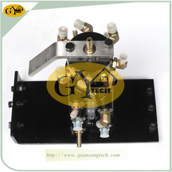 KX155-161 Swivel Joint Center Joint for Kubota Parts