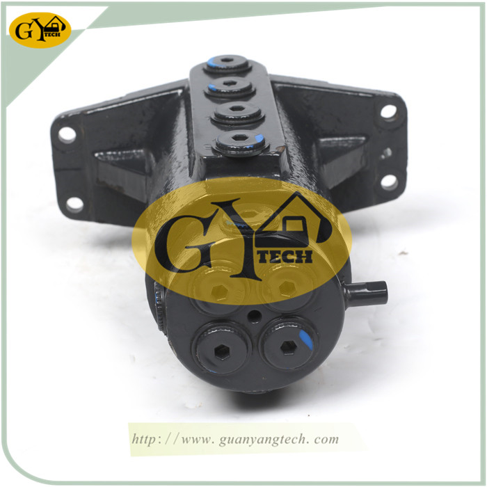 YC15 3 - YC15 Center Swivel Joint Fit For Yuchai YC15 Excavator Center Joint