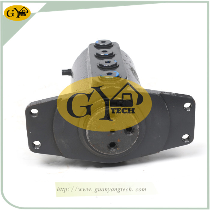 YC15 7 - YC15 Center Swivel Joint Fit For Yuchai YC15 Excavator Center Joint