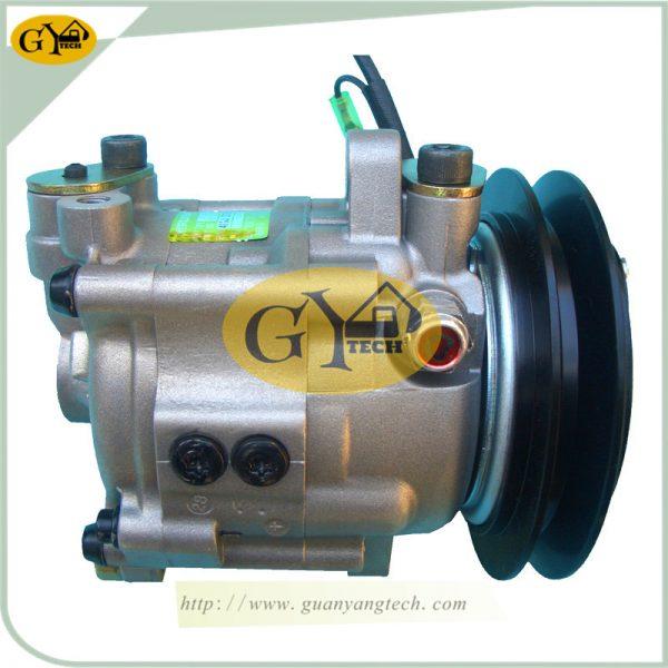 Hitachi Air Conditioning Compressor For Hitachi Excavator Hitachi55 EX55 ZX55 AC Compressor